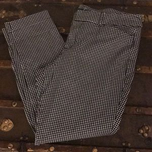 Pixie Houndstooth mid rise pant